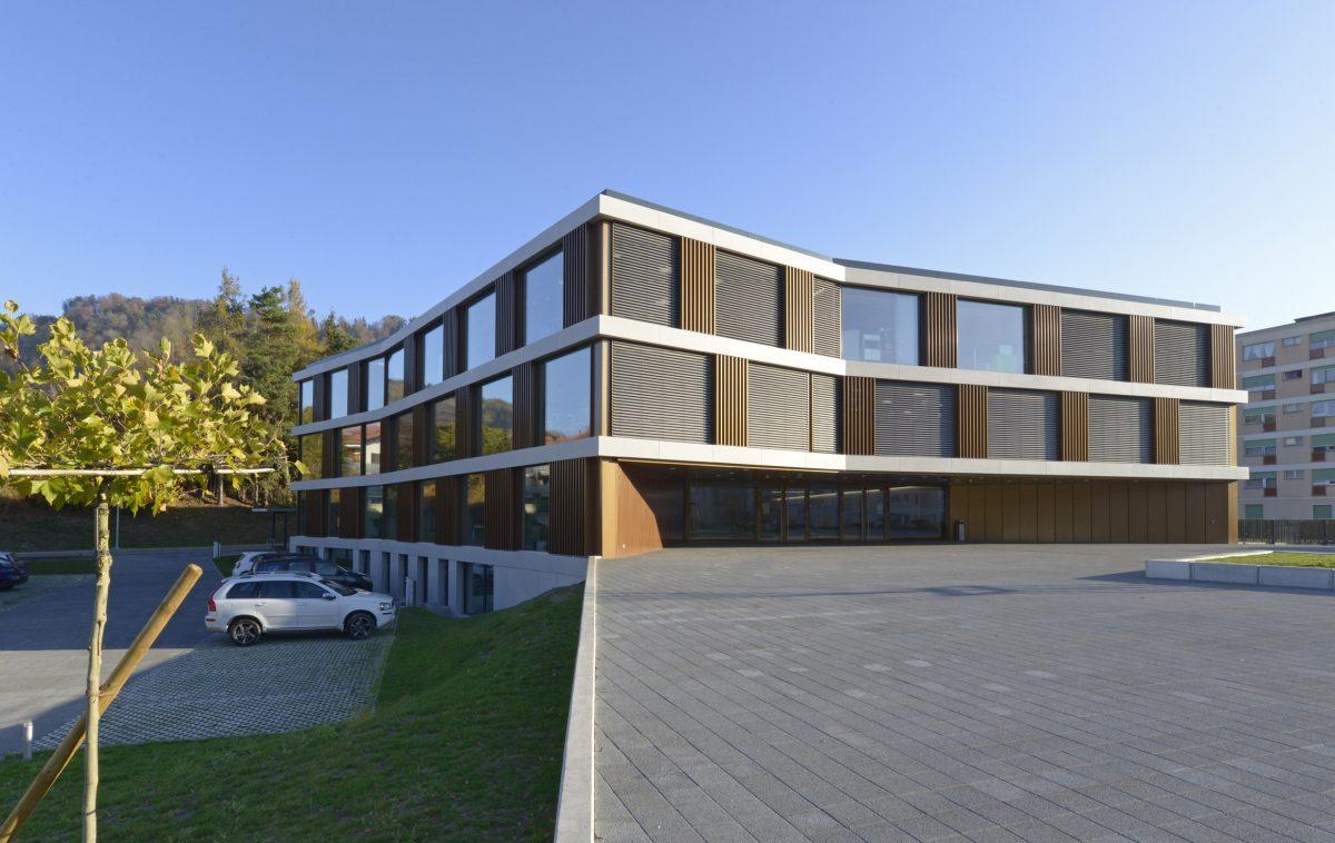 préau école collège du fey à Moudon
