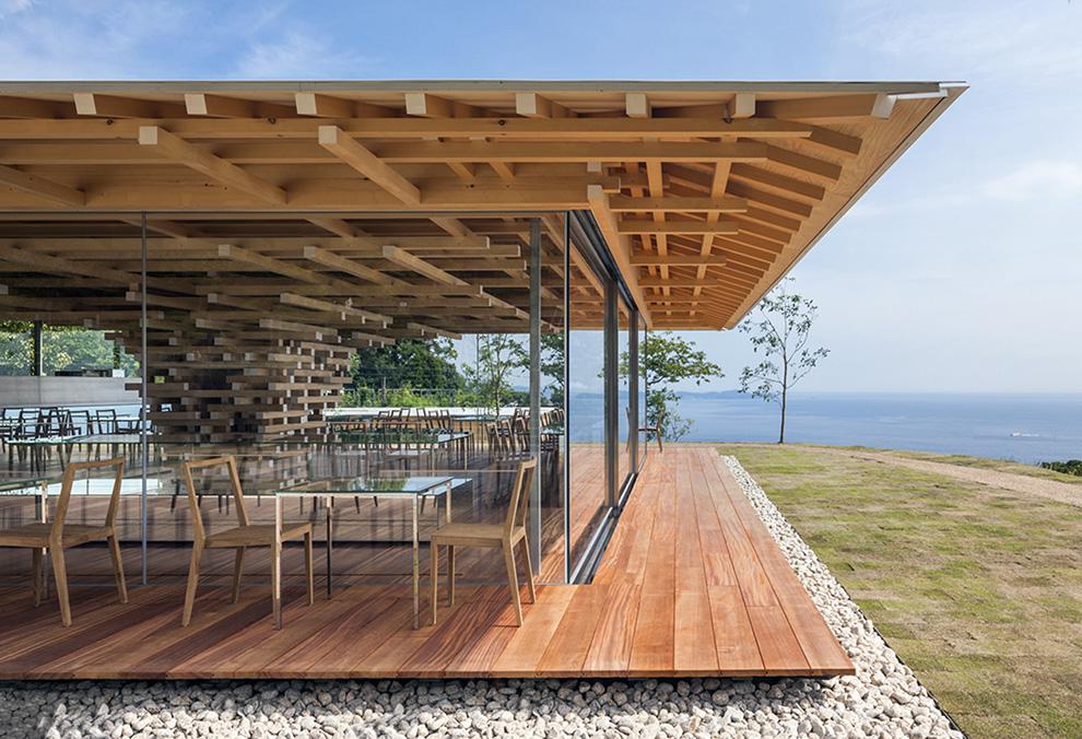 Maison cafe en bois de cèdre Shizuoka Japon