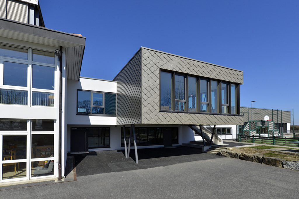 vue de l'UAPE école à Denens