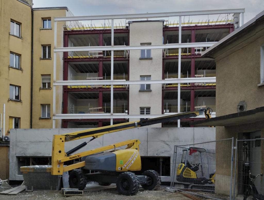 transformation immeuble années 30 farra zoumboulakis unia montage structure métal